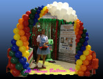 Balloon decorator - balloon arch
