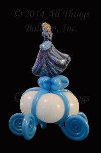 balloon centerpiece - Cinderella and carraige