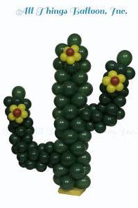 balloon decorator: balloon cactus centerpiece