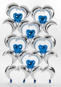 balloon decor: balloon screen with Silver Crescents & blue hearts