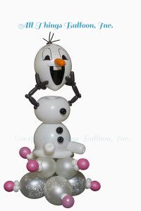 balloon decor; balloon centerpiece; balloon Olaf parody