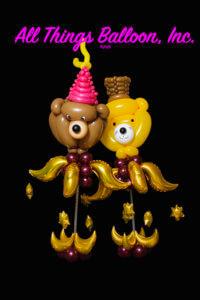 balloon decor - balloon centerpieces - Centerpieces - Bear and Cat